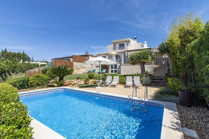 Villa Vista, holiday rental in Alfarrobeira
