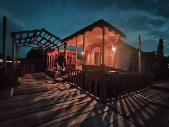 Houseboat Shora palace and Azad palace, holiday rental in Srinagar