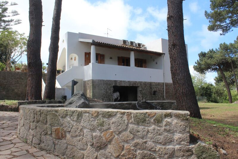 la grande pineta naturale ab 966, location de vacances à Quattropani