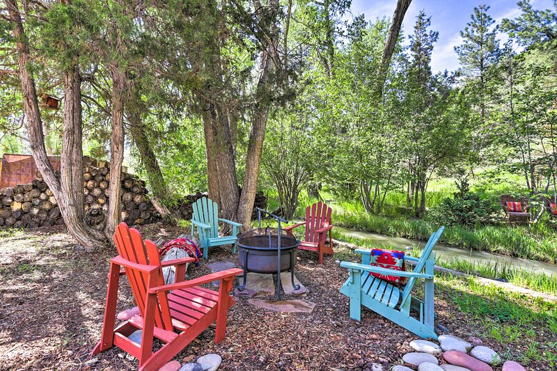 Private Creekside Cottage Between Ridgway & Ouray!, location de vacances à Ouray