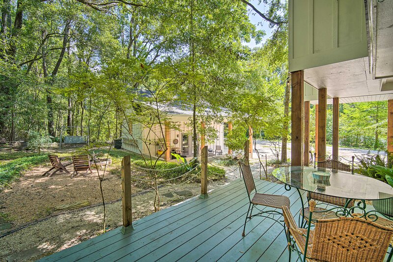 NEW! 'Dogwood Cottage': Enchanting Fairhope Escape, holiday rental in Point Clear