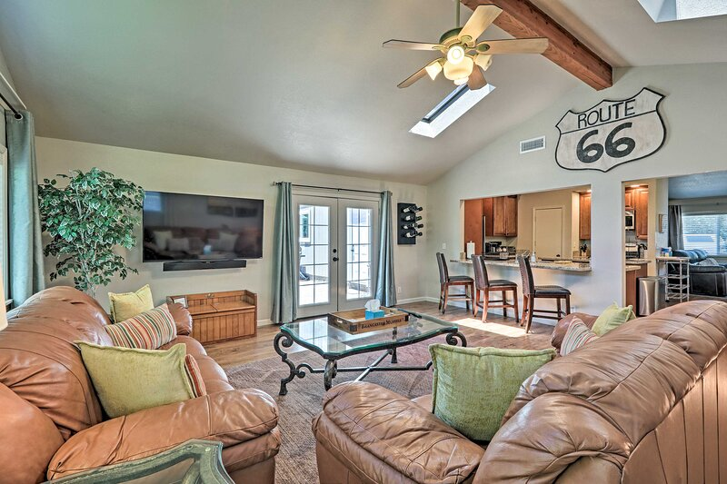 Home w/ Mountain View: Mins to Downtown & Snowbowl, holiday rental in Bellemont