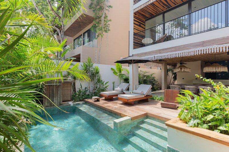 Luxurious Stylish 3BR PentHouse with Private Plunge Pool and Terrace in Aldea Za, alquiler de vacaciones en Tulum Beach
