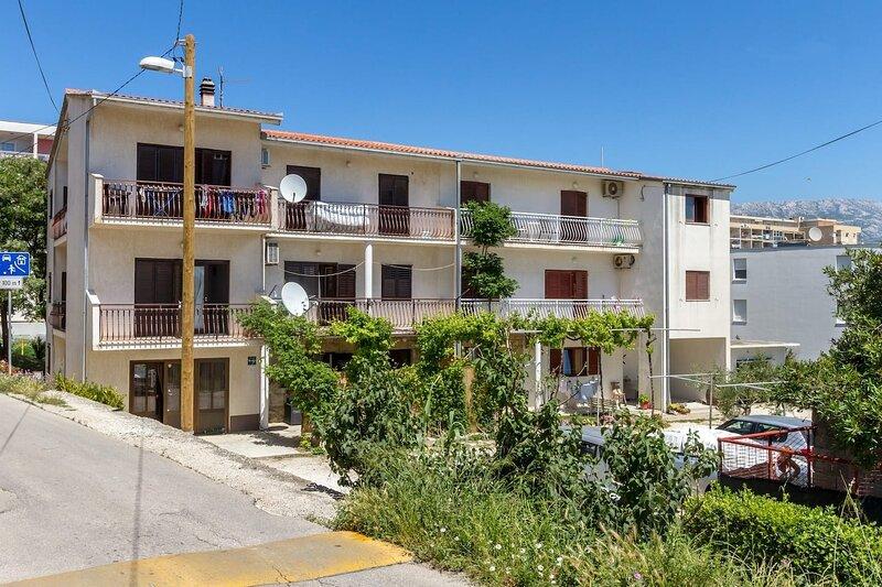 Jurica - 300 m from sea: A2 Roko(2+2) - Split, location de vacances à Kamen