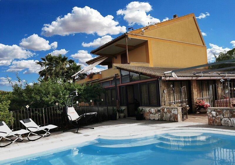 Villa with private Pool close to Syracuse, vacation rental in Priolo Gargallo