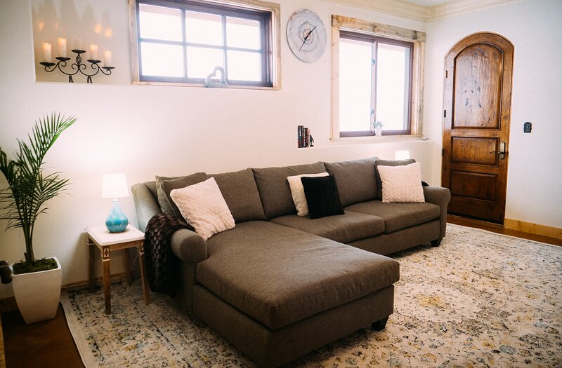 Bright, beautiful and secluded, holiday rental in New Castle