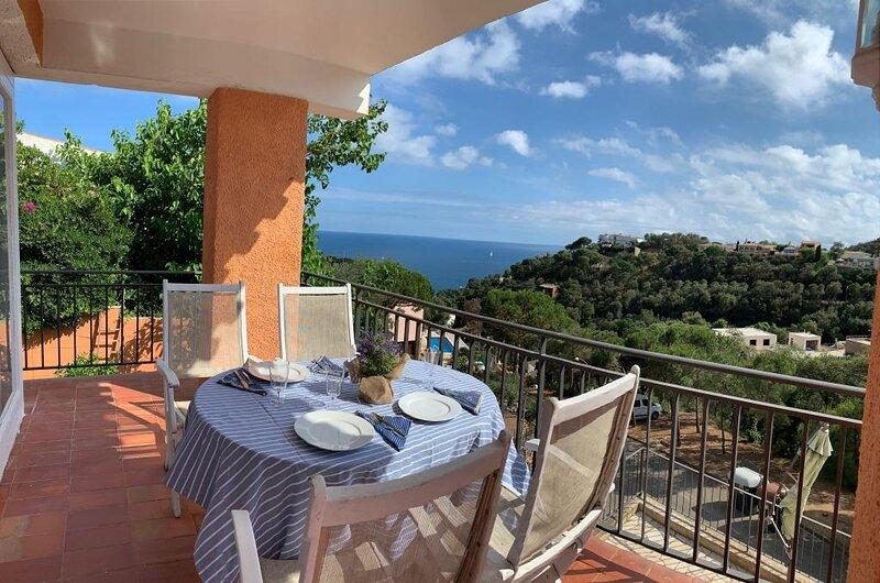 Kerstin Bruns - Casa Carmen 1 con vistas al mar, alquiler de vacaciones en Tossa de Mar