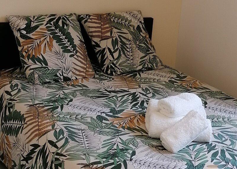 Studio Cosy dans résidence privée., holiday rental in Monce-en-belin