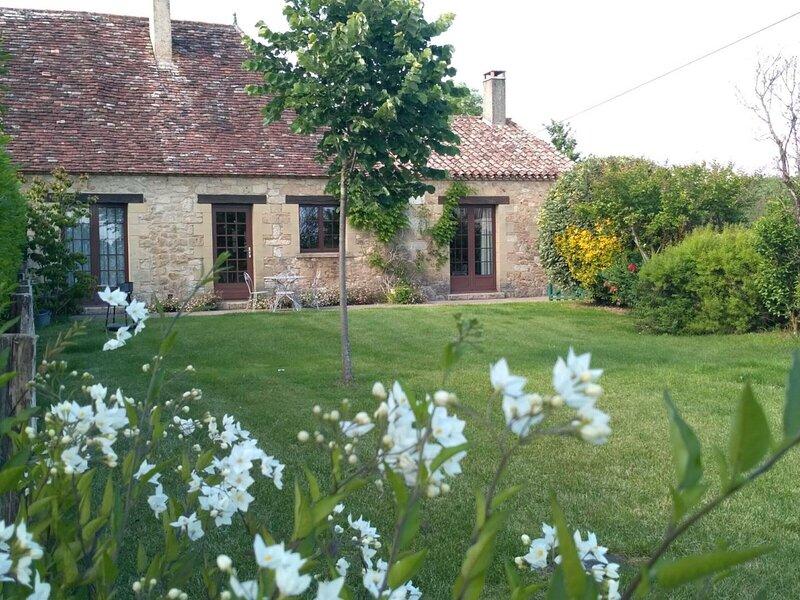 Location Gîte Saint-Capraise-de-Lalinde, 3 pièces, 5 personnes, location de vacances à Pressignac-Vicq