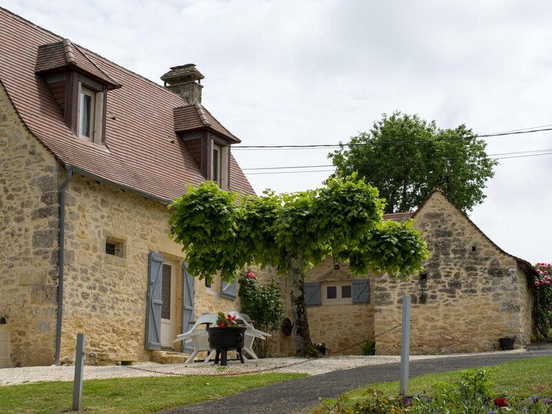 Beune. Gîte du Haut, holiday rental in Les Eyzies-de-Tayac-Sireuil