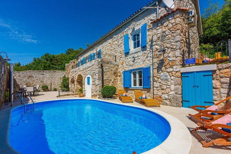 Villa SIESTA, holiday rental in Grizane-Belgrad