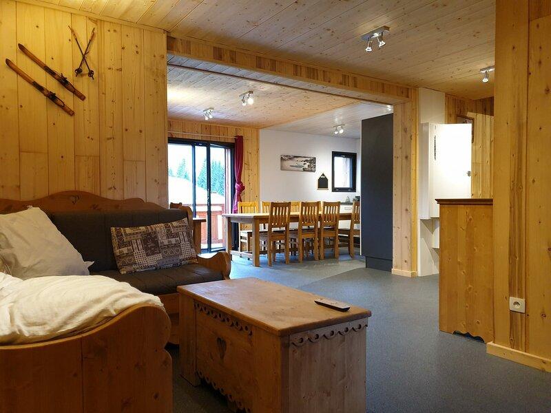 Grand appartement dans chalet sur les pistes, Ferienwohnung in Morillon