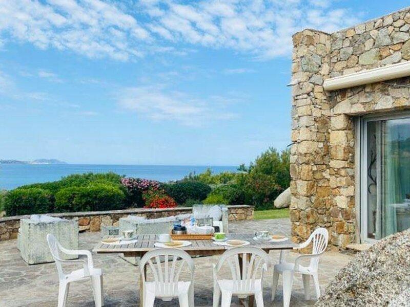 Marine de Davia - Villa avec piscine vue mer - DAVIA166, holiday rental in Corbara