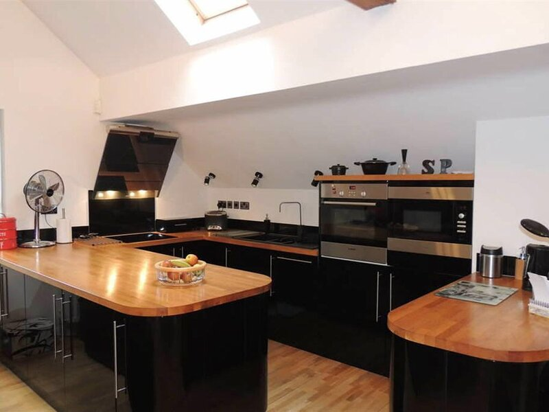 Modern 1 - Bed self catered Apartment in Daventry, holiday rental in Thornby