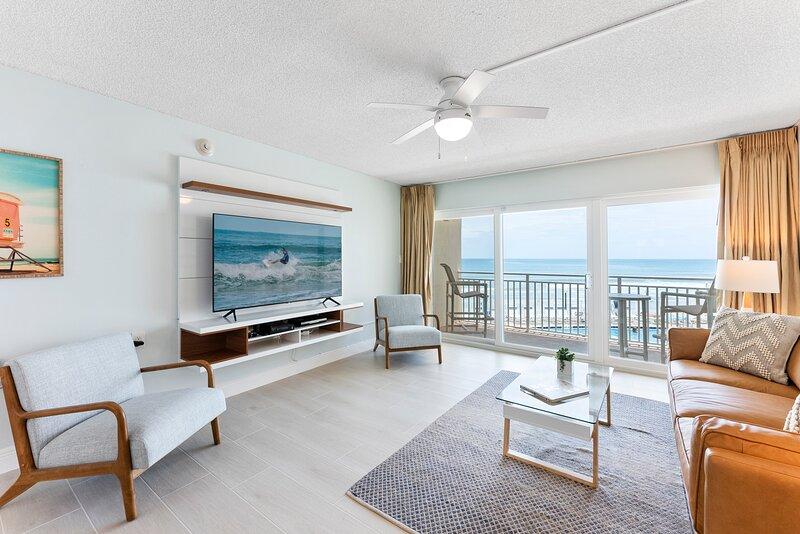 Direct Oceanfront - Beautifully updated - Excellent Ocean Views, aluguéis de temporada em Suntree