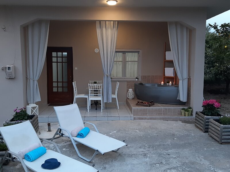 Mommy's House, vacation rental in Milopotamos
