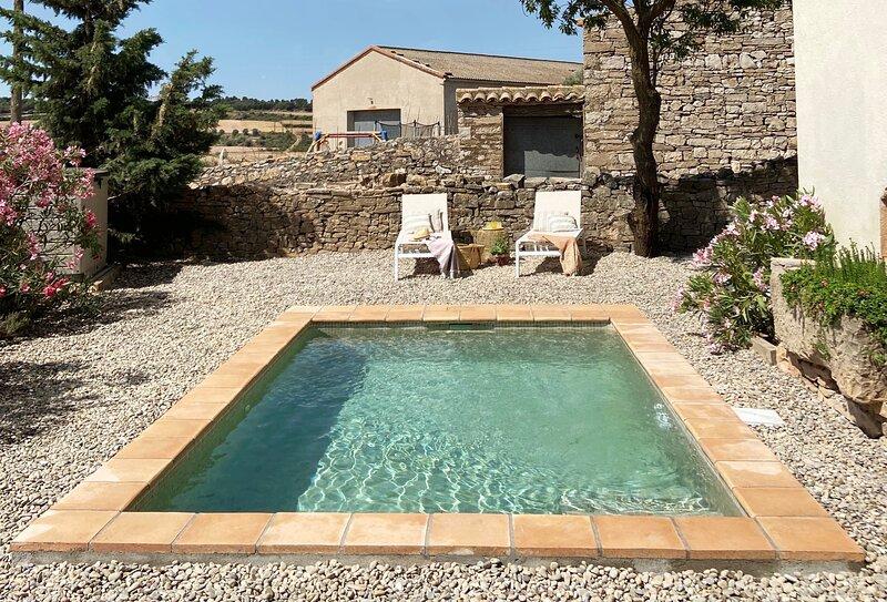 Casa Les Germanes - Casa vacacional con encanto en pueblo medieval de la Segarra, alquiler de vacaciones en Arbeca