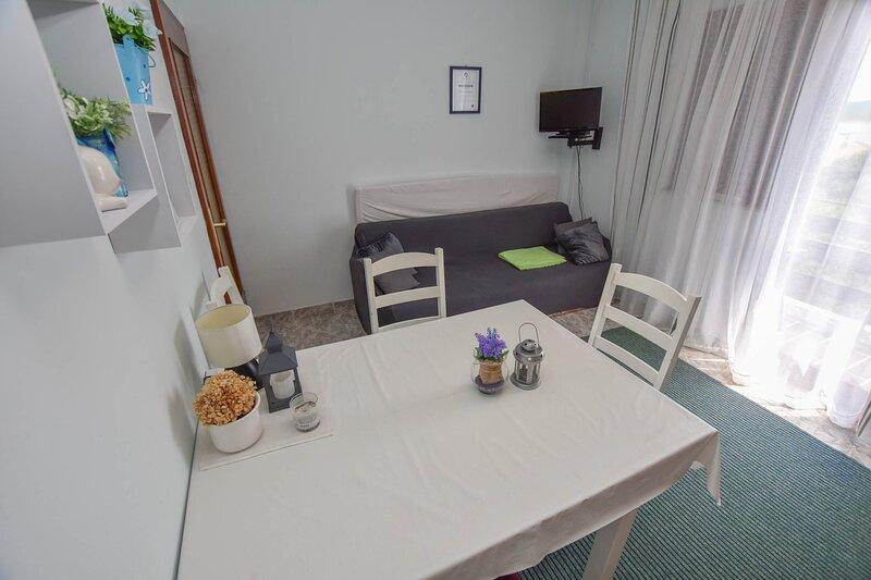 Apartments TIM, holiday rental in Sveti Petar