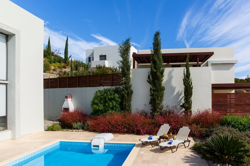 Gonos Villa B, holiday rental in Kiotari