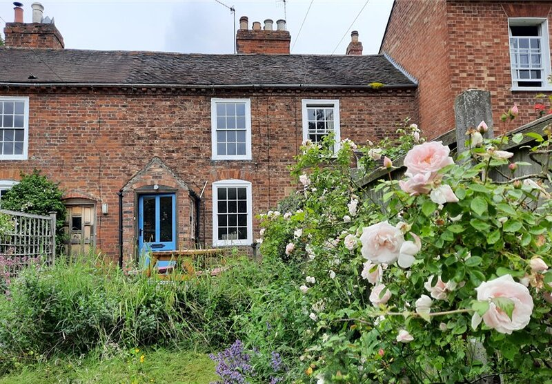 Charming, Grade2 Listed cottage, Upton-upon-Severn, holiday rental in Tewkesbury