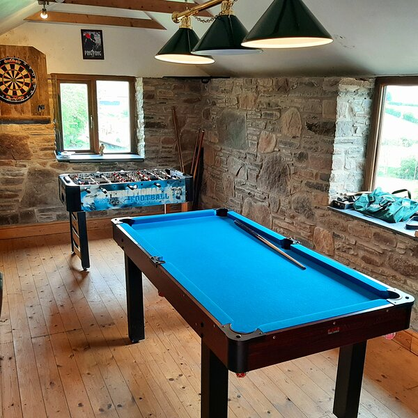 Immaculate 2 double beds Cottage, holiday rental in Kerry