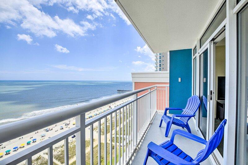 NEW! Oceanfront Myrtle Beach Resort Condo w/ Pool!, holiday rental in Myrtle Beach