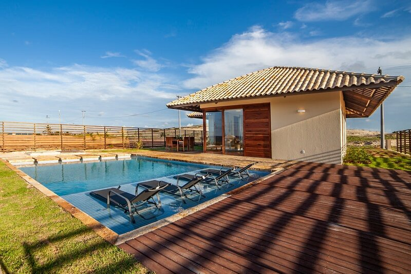 Splendid and Luxuous House - CEA024, holiday rental in Flecheiras