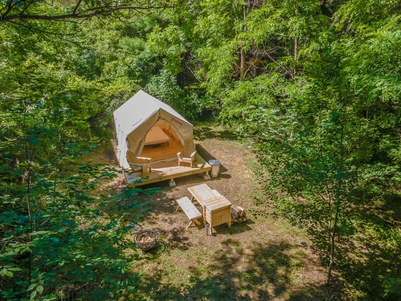 Tentrr Signature Site - Alpaca Farm Site, alquiler vacacional en Middlesex