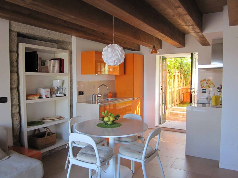 Apartment - 2 Bedrooms with WiFi - 107451, holiday rental in Uhia