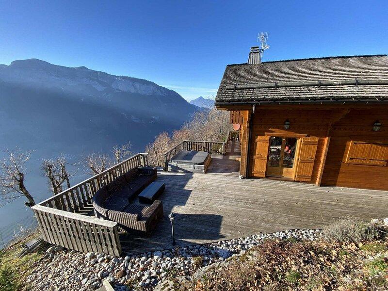 Chalet 3ch 8pers : cheminée, près du ski bus, alquiler de vacaciones en Les Carroz-d'Araches