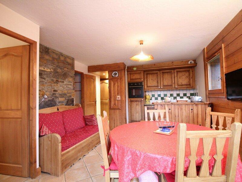3pièces cabine 6pers :face au spa et au ski bus, location de vacances à Magland