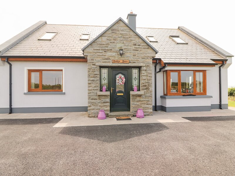 Paddy's Haven, Kilrush, County Clare, holiday rental in Kilrush