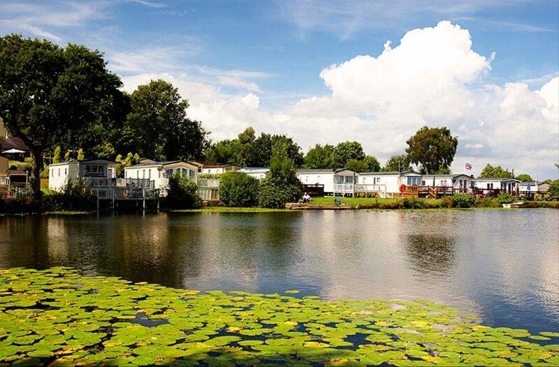 Eden at Coghurst Hall Holiday Park, Hastings, location de vacances à Westfield