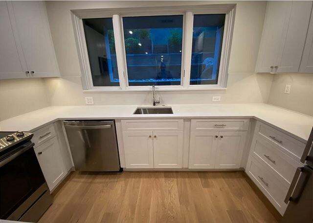Dumbarton St unit 101, 2 bedroom 1 bath with patio, alquiler vacacional en Arlington