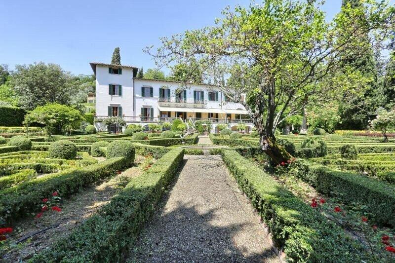 Villa Labirinto Degli Alberti, holiday rental in San Martino alla Palma