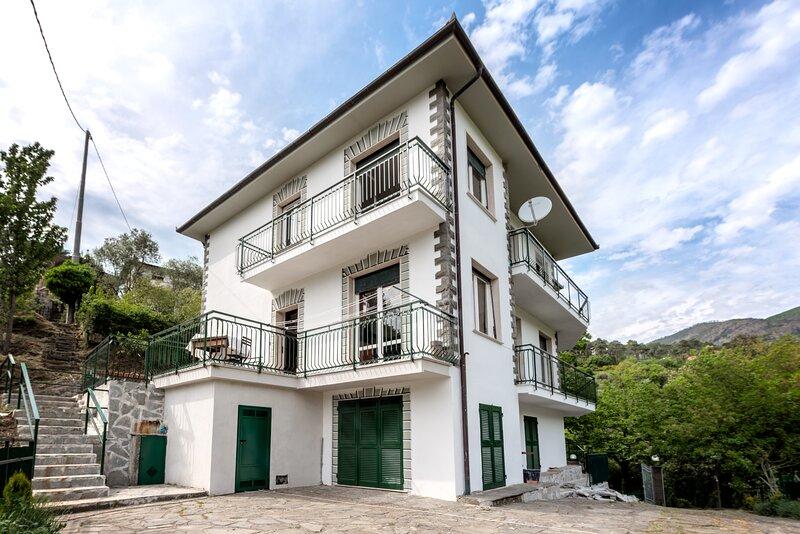 Villa MareMonti, location de vacances à Casarza Ligure