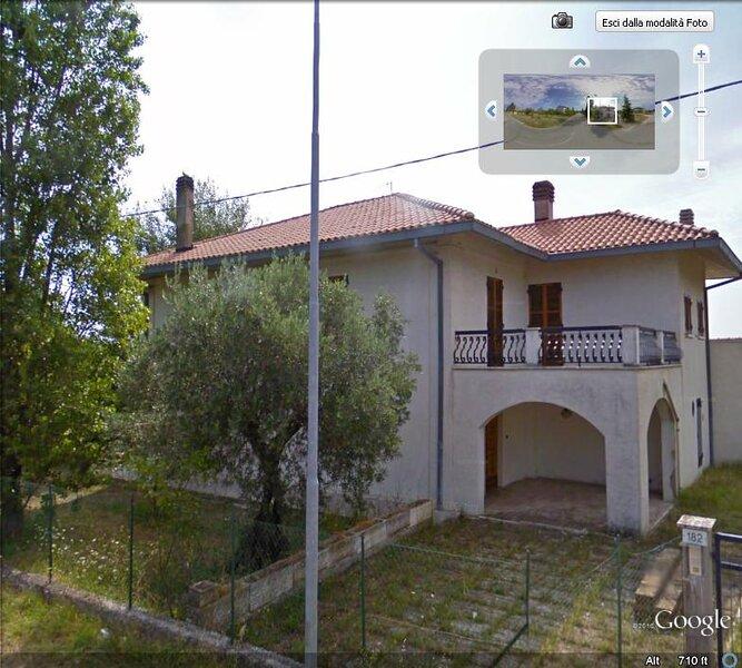 COUNTRY VILLA 'OASI DEGLI ULIVI', vacation rental in Civitaquana