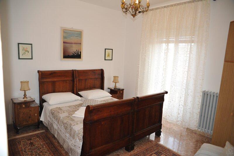 Affitto Stanze Home Tiberius Centro Verona, vacation rental in San Pancrazio