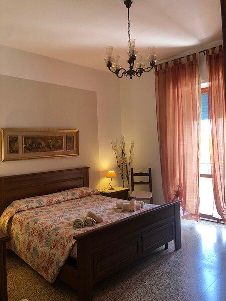 Luminoso appartamento centrale, alquiler de vacaciones en Alghero