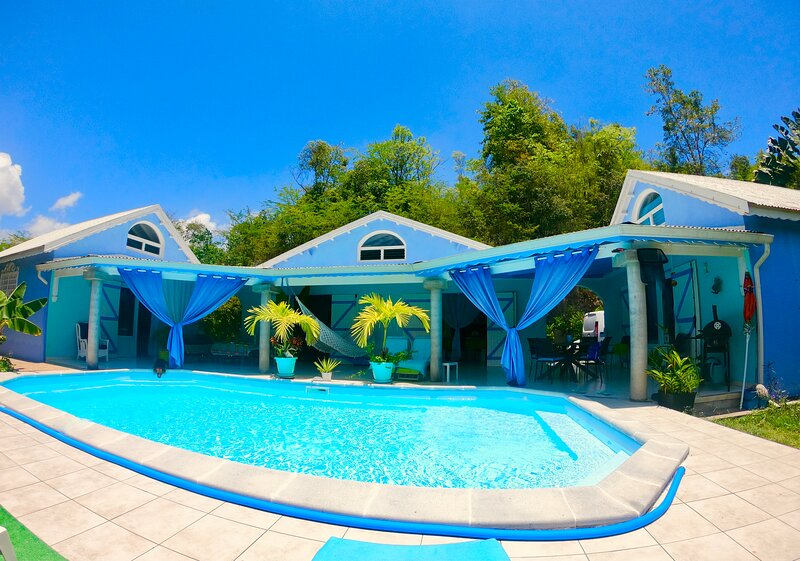 Chambres et table dhotes en Guadeloupe, casa vacanza a Les Abymes