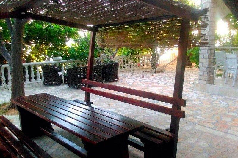 Vidalici Apartment Sleeps 4 with Air Con - 5893819, holiday rental in Vidalici