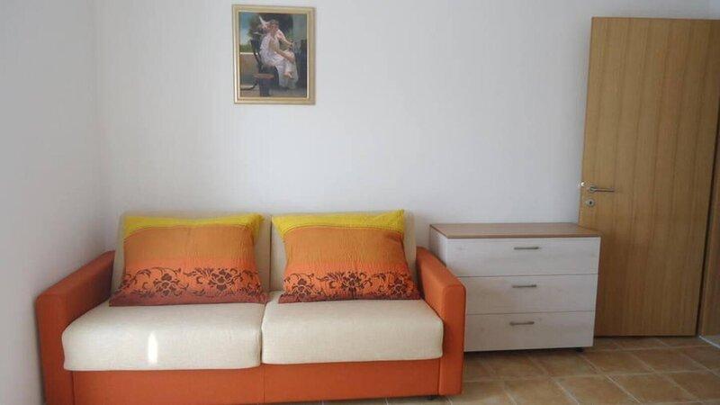 Vidalici Apartment Sleeps 6 with Air Con - 5893825, holiday rental in Vidalici