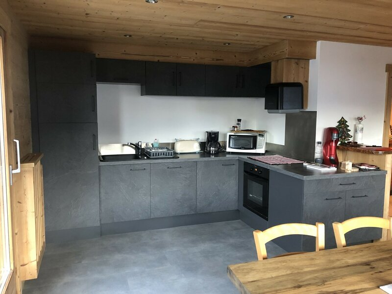 Location Appartement Le Grand-Bornand, 4 pièces, 8 personnes, holiday rental in Le Petit-Bornand-les-Glieres
