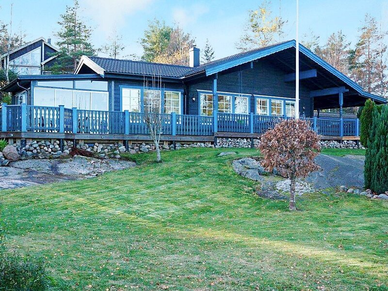 4 person holiday home in SÖDERKÖPING, holiday rental in Norrkoping