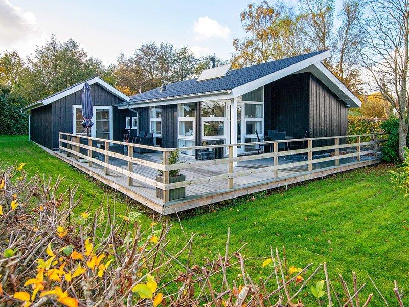 5 star holiday home in Sjølund, holiday rental in Vejen