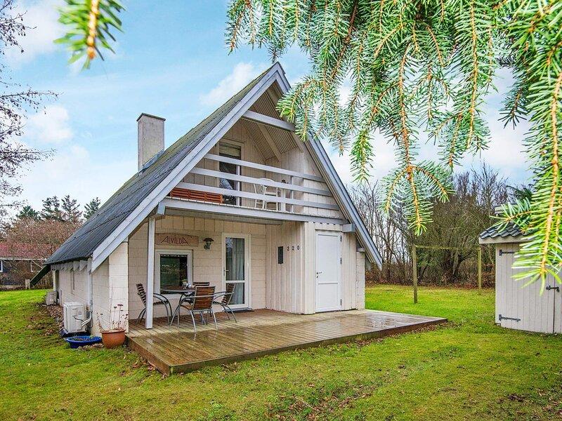 4 star holiday home in Ulfborg, casa vacanza a Ulfborg