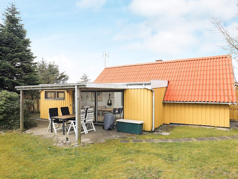 6 person holiday home in Hals, vacation rental in Geraa