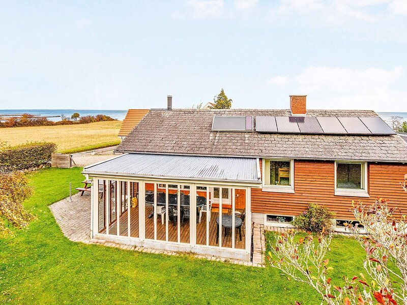6 person holiday home in Augustenborg, holiday rental in Millinge