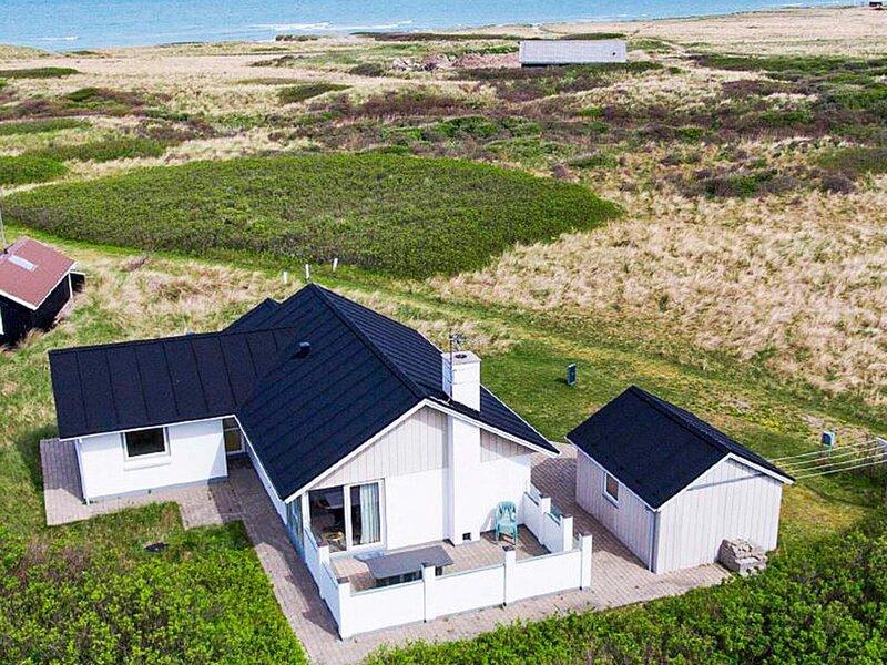 8 person holiday home in Hjørring, location de vacances à Skallerup Klit