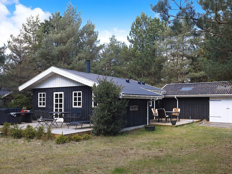 6 person holiday home in Hals, location de vacances à Hals